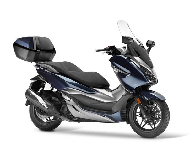 Максискутер Honda NSS300 Forza